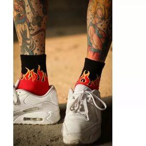 UNISEX flame fire skate crew hipster socks new